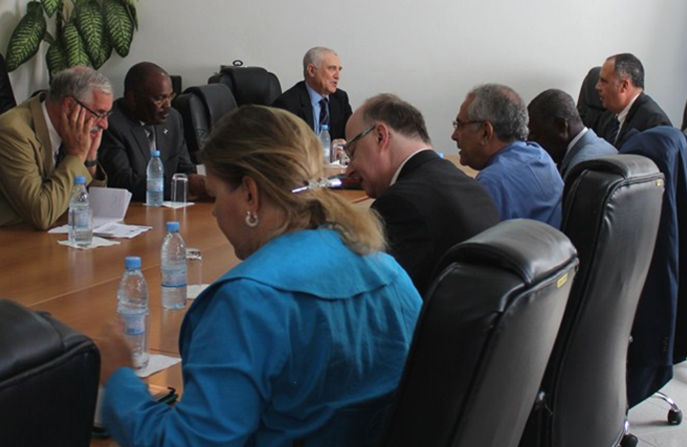 April. SRSG Ramos-Horta conducted advocacy and resource-mobilization visits to Dakar and Praia