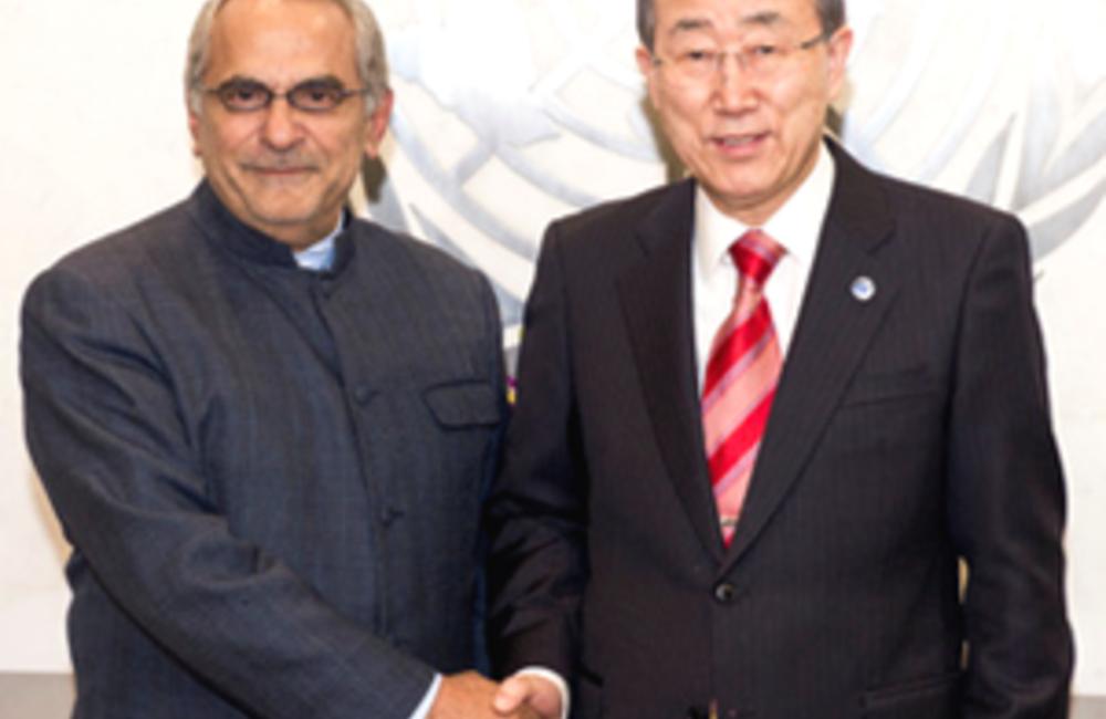 A 31 de Dezembro de 2012 o SG da ONU, Ban Ki-moon, designou José Ramos-Horta -à esquerda- de Timor-Leste seu RESG na Guiné-Bissau. Sucedeu Joseph Mutaboba a 31 de Janeiro de 2013.
