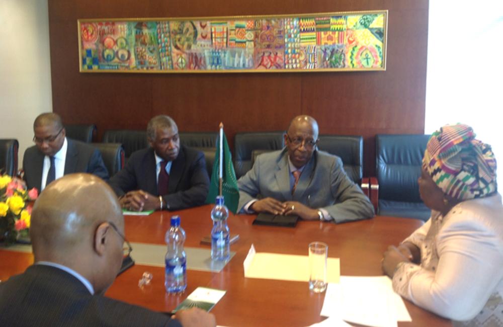 Setembro. Missão conjunta ONU-UA em Addis Abeba